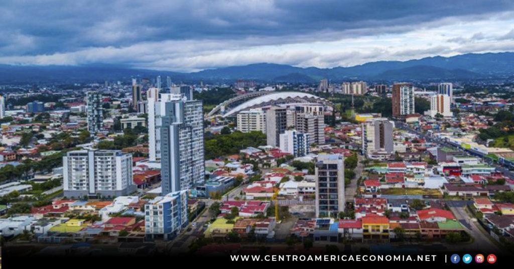 Costa Rica, Banca, Impuestos, Finanzas,